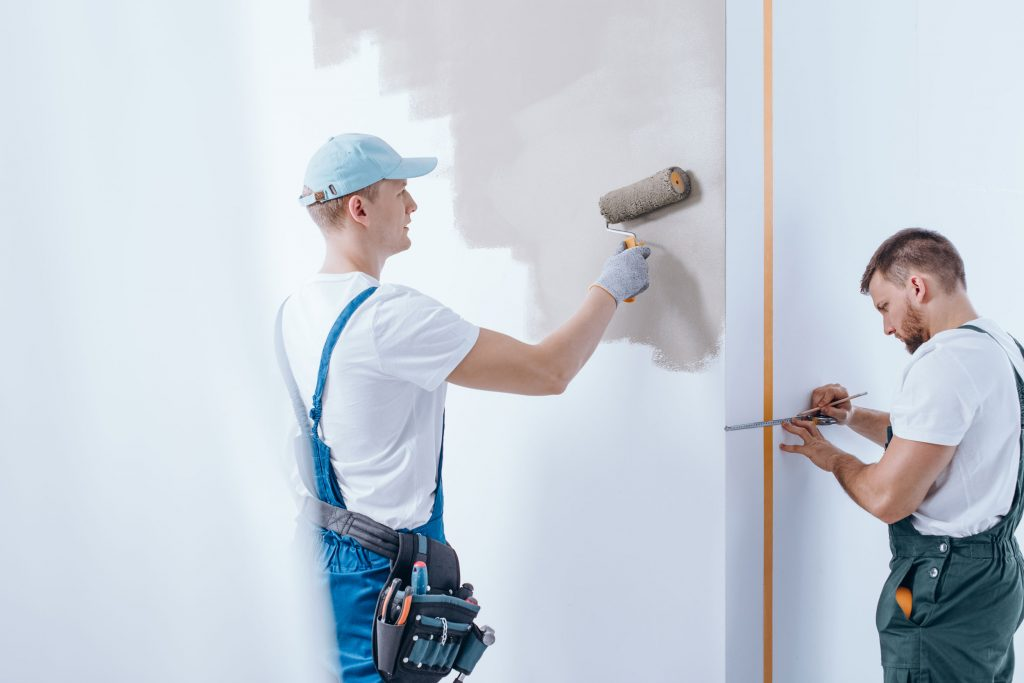 Präzise Malerarbeiten nach Maß